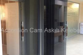 Accordion Cam Askılı Kelebek